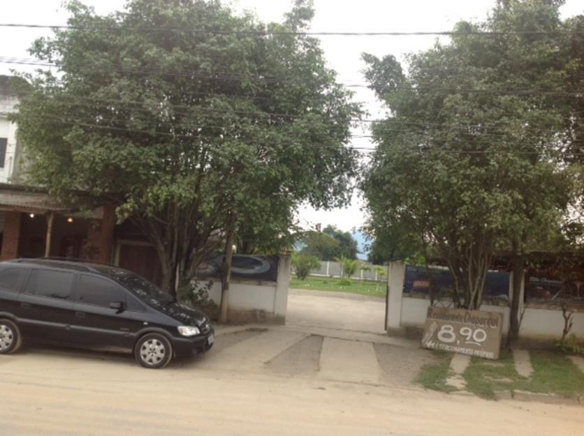 Área 3.080 M2, toda pactada, com escritório, vestiário, 4 banheiros, cozinha.