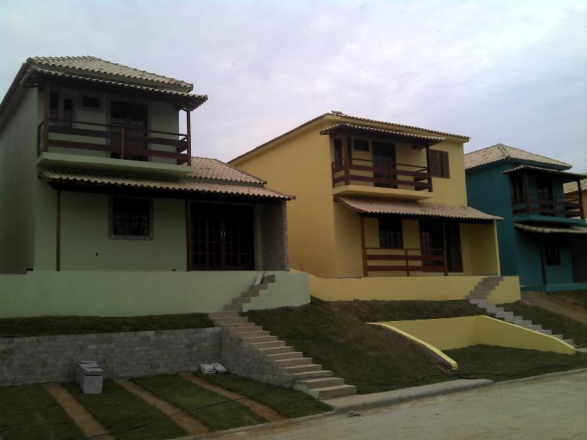 Nova DUPLEX linda em condomínio fechado(local privilegiado), a 200Mts Av. Saquarema!