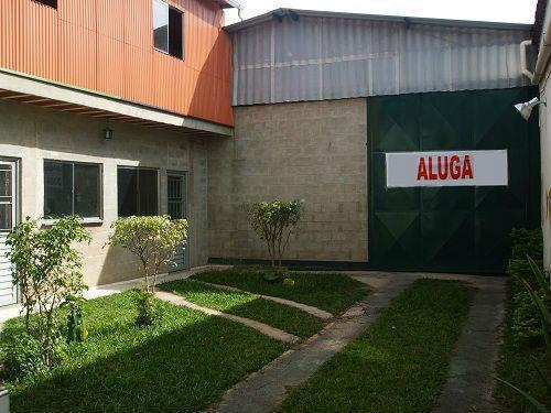 Aluga-se no Barreiro, Galpão com Escritório, Copa e 2 Banheiros