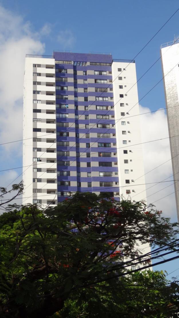 excelente apartamento todo mobiliado, Casa Amarela, 2 quartos [ 1 suíte ], lazer completo.