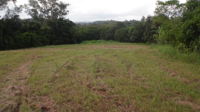 Área de terras 22.000 m²