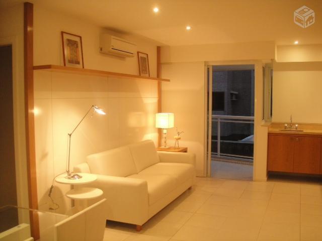Apartamento 2 qts mobiliado + vaga Doc. Ok Barra