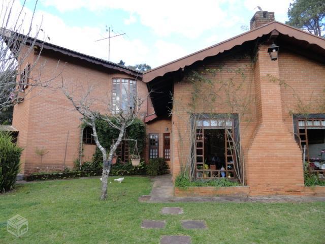 Casa no B. Alto do Capivari