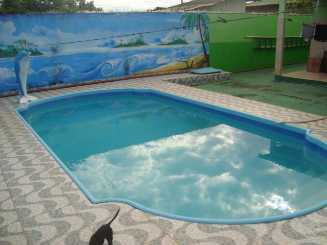 Linda casa com piscina na Nova Estação