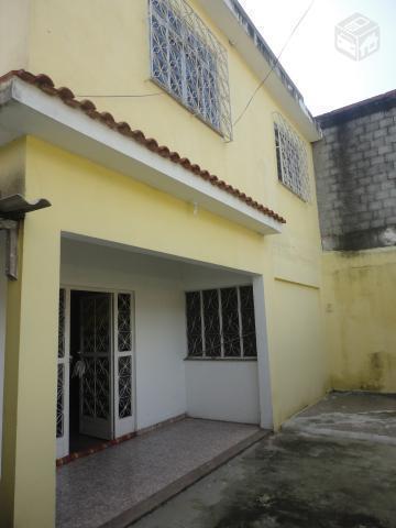 Casa grande com quintal no bairro Palhada