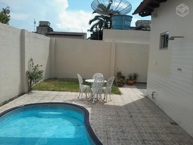Dom Pedro I, Casas em Manaus, Am