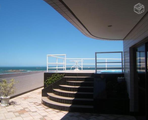 Cobertura frente mar Praia da Costa - PC120