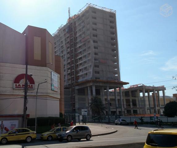 Sala Comercial integrada ao Shopping Vila da Penha