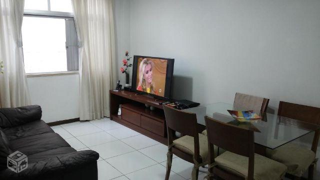 Vila Laura 2/4 com suíte e garagem - Reformado