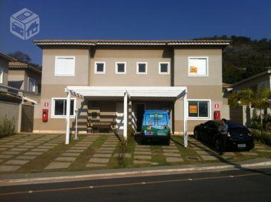 Maravilhosa Casa em Condomínio em Nova Lima