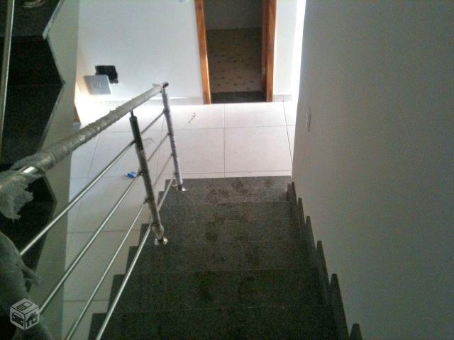 Sobrado 3 quartos em condomínio fechado