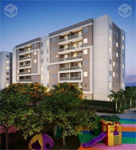Apartamento com 2 quartos, vaga,Barra