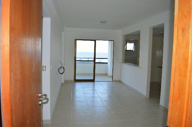 Apartamento em Patamares, 2/4, vista mar, novíssimo