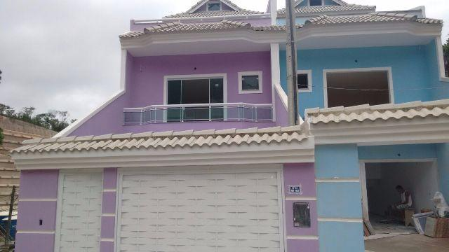 Casa geminada na Taquara Jacarepaguá com 03 quartos de condomínio em primeira locação