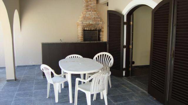 Praia do Pernambuco - Sobrado 5 Suites - Piscina e Churrasqueira