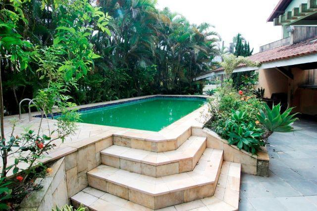 Casa - Condomínio Alto padrão -  sp - 1 Quadra da Praia