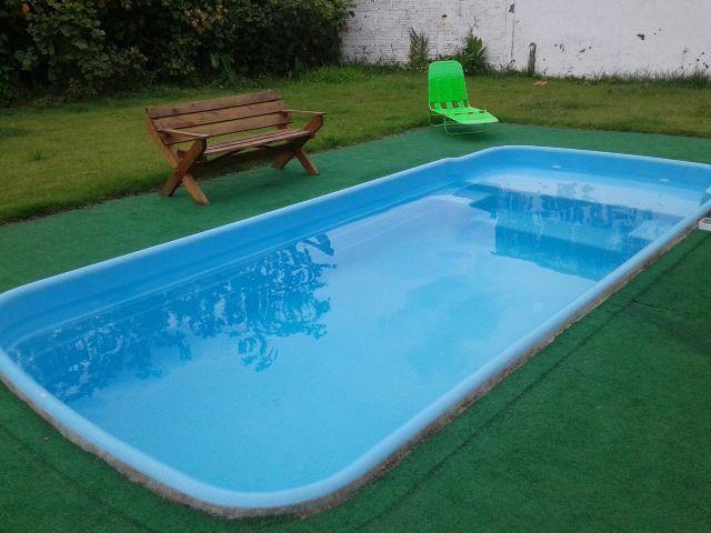 Casa com piscina diária 199,00 e apartamento diária 99,00