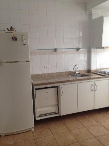 Apto 2 dormitórios Guaruja