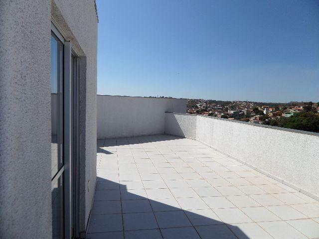 Cobertura no Bairro Planalto - 3 qts/2 vagas/144m2