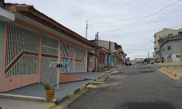 Casa com 4 Quartos Mobiliada - Jardim Santa Brigida - Carapicuiba
