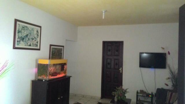 Casa Na Avenida Santos Dumont Aceita Permuta Em Apartamento De Menor Valor + Volta