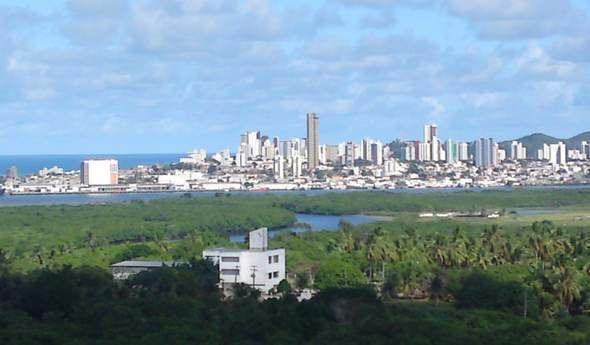 Apto na Zona Norte de frente pro Rio e o Mar