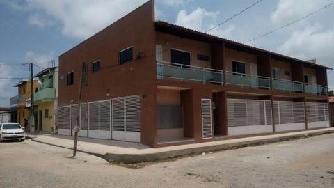 Apartamentos em condominio fechado com 1 quarto e uma vaga na garagem para moto