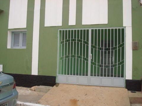 Casa 3 Quartos no Centro de  - Baixei pra vender Logo