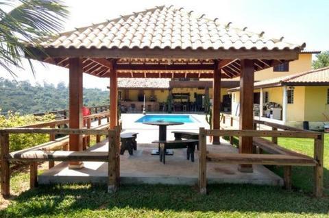 Rancho Lux Lex - Chácara para Alugar   Local para Eventos