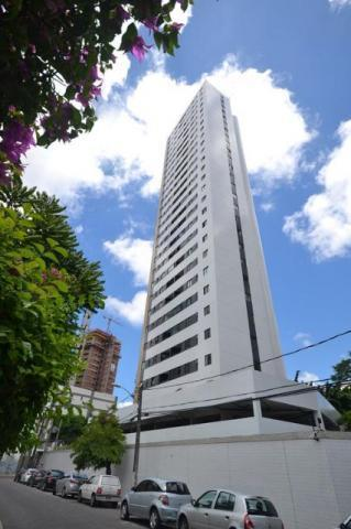 Apartamento com 86 metros , 3 quartos , andar alto na Encruzilhada